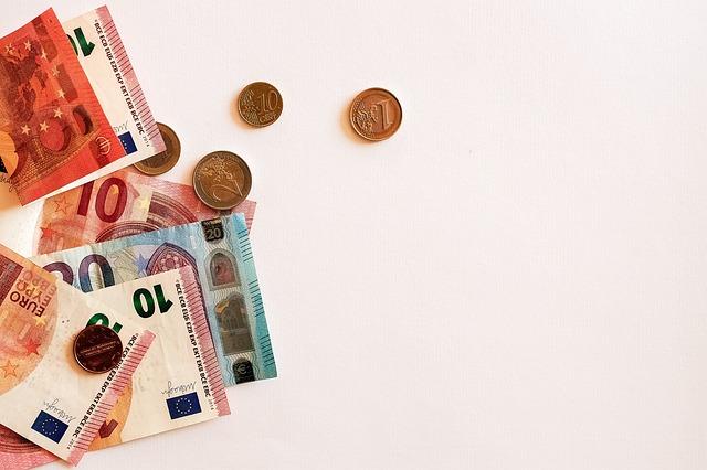 peníze cash